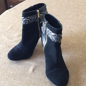 Iman boots.  Size 10 W